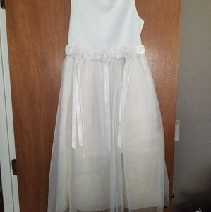 Girls white dress Rare Editions size 14